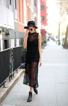 7 Street Style Ways to Look Rocker Chic This Summer . Hipster Outfits, Rock Chic, Rocker Chic Style, Estilo Blogger, Blogger Style, Lace Overlay Dress, Lace Maxi, Lace Dresses, Tulle Dress
