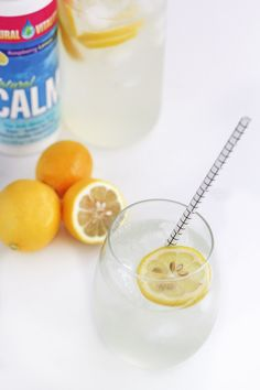 (Sugar-Free) Electrolyte Lemonade: a great way to hydrate after a workout or to help beat the keto flu!