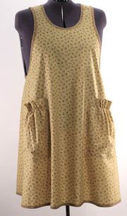 Plus Size No Ties Apron in Tiny Brown Floral