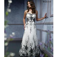 2012_Embroidery_Black_and_White_Wedding_Dress.jpg (600×600)