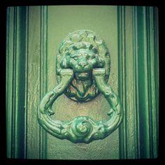 #Heurtoir #Lion 50 rue de #Rémusat #Toulouse