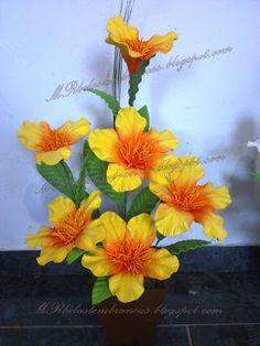 Como fazer flores em eva passo a passo e muito mais...: Como flor em eva amarílis