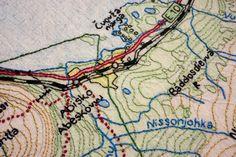 Brodera en karta över Abisko.      ....Det här mina kära vänner är ett mycket speciellt projekt för mig. För exakt två veckor se...