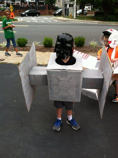 Kids Star Wars TIE Fighter And X-Wing Cardboard Cosplay Is The Cutest