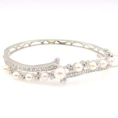 Exceptional Vintage Diamond and Pearl Bangle in 14K White Gold | FJ BTT