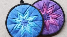 Amish Folded Star Quilted Hotpad / Pot Holder Tutorial. Learn how to make an Amish style folded star quilted hotpad! Or potholder if you prefer. ;-) This is a great little project to use up bits and pieces in your stash!