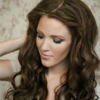 Lots of great hair tutorials. Would like to check out the rest of her blog- looks great as well.