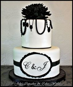 recent black and white wedding cakes | July`s Cupcakes and Cakes World: Black & White Wedding Cake & Cookies