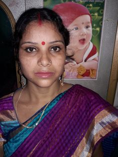 Beautiful Housewife, Indian Natural Beauty, Cute Beauty, Hd Photos, Desi, Saree, Actresses, Pure Products, Selfie