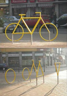 Milan (Italy) Yellow bike you see in photos (all Italian, is located in Milan, via Padova) that it seems that only when viewed from a certain angle to painting 3D.