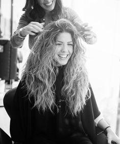 """49.3 mil Me gusta, 727 comentarios - MIRIAM (@miriam_ot2017) en Instagram: """"♀️♀️EEEELLAS dejándome el pelo estupendo, EEEEELLIAS QUE SON #lomás  Graciasssss…"""""""