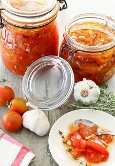 I tried this and it was delicious! Healthy Recepies, Healthy Salads, Tapenade, Slow Food, Roasted Tomatoes, How Sweet Eats, Italian Recipes, Food And Drink, Veggies