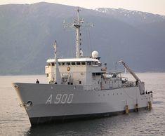 Zr.Ms. Mercuur A900