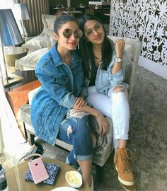 Bollywood Couples, Bollywood Stars, Bollywood Celebrities, Alia Bhatt Varun Dhawan, Alia Bhatt Cute, Alia And Varun, Beautiful Bollywood Actress, Teen Fashion Outfits, Casual Wear