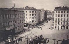 Warszawa przedwojenna - Powiśle, ulica Solec. Za szpitalem w lewo Czerwonego Krzyża, tramwaj skręca w Dobrą
