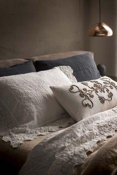 Lenzuola in lino con motivi floreali PRIMULA Collezione Decor by LA FABBRICA DEL LINO by Bergianti