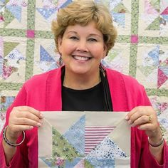 Instructor Jenny Doan Tutorials, Msqc Tutorials, Quilting Tutorials, Quilting Projects, Quilting Tips, Sewing Projects, Charm Pack Quilt Patterns, Star Quilt Patterns, Star Quilts