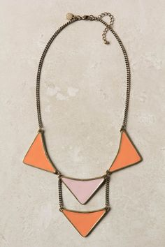 Pointed Persica Necklace