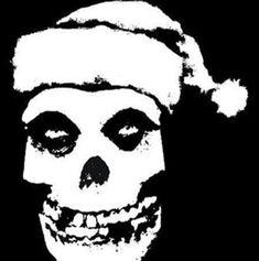 Hay dos tipos de personas: los que le piden a Santa y los que le piden a Satán.