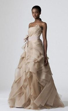Vera Wang Bridal Collection   Vogue #2118   Sizes 18 20 22 [Sale Price: $600.00]