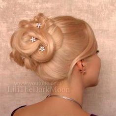 Lilith Moon Lilith Moon Hairstyles, Up Hairstyles, Wedding Hairstyles, Chignon Updo, Hair Shows, Hair Affair, Big Hair, Hair And Nails, Bridal Hair