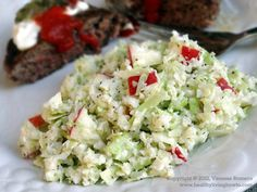 Sweet n Sour Paleo Apple Slaw - Who knew that slaw would be just as good with grated cauliflower in place of cabbage?  Made this with the cauliflower sub and it was delish! Will keep in the paleo rotation!