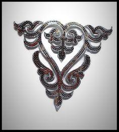 Applique transfert argenté brodé à sequins grand modèle -  embellissement - customisation - couture - mercerie - costume vénitien - cabaret - mariage - cérémonie.