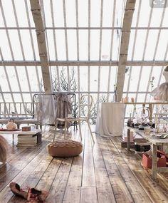 wish i had a home/studio like this