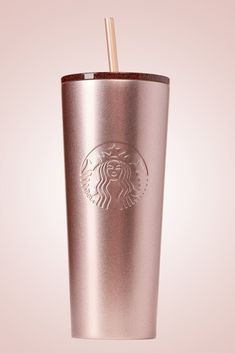 Starbucks Just Launched Its Christmas Line And We Want Everything Rose Gold Col., holiday wallpaper Starbucks Just Launched Its Christmas Line And We Want Everything Rose Gold Col. Copo Starbucks, Starbucks Tumbler, Starbucks Drinks, Pink Starbucks Cup, Starbucks Drinkware, Starbucks Water Bottle, Holiday Drinkware, Rose Gold Aesthetic, Cute Water Bottles