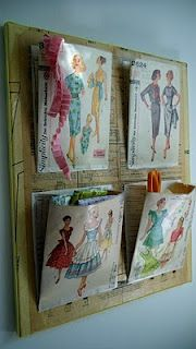 Vintage Sewing Organizer I guess you cover the packages in clear vinyl or ' plasticize' the paper ( another Pinterest idea)