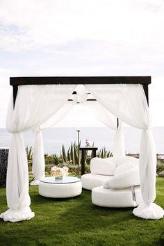 lounge-cabanas-summer-wedding.jpg (400×600)