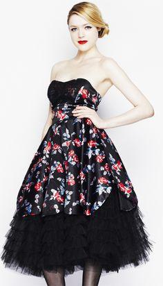 la vintage dress floral dark lady