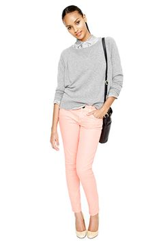 Sweatshirts And Blush Tones — Our favorite weekend look involves our softest gray sweatshirt and skinny, pale-pink drainpipes with pumps. It's a ladylike combo that soothes.