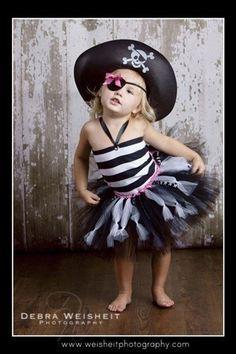 little girls pirate tutu for a halloween costume Halloween Tutu Costumes, Cute Costumes, Halloween Outfits, Halloween Kids, Halloween Clothes, Happy Halloween, Pirate Clothes, Scarecrow Costume, Halloween Stuff