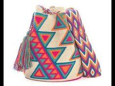 Discover thousands of images about Bolso de mano en crochet estilo wayuu clutch by VientosurSantander Mochila Crochet, Tapestry Crochet Patterns, Tapestry Bag, Boho Bags, Crochet Purses, Knitted Bags, Handmade Bags, Crochet Projects, Knit Crochet