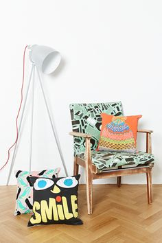 Accessorise your space with Urban Outfitters' collection of decorative cushions, throw blankets and floor cushions.