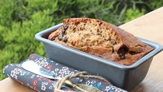 I have been on a banana bread kick lately, too consumed with making and eating it to actually write down my recipe. I know, I'm sorry- hey I'm honest about my human/blogging flaws. However af...