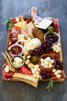 Summer Cheese Board from www. (What's Gaby Cooking) - Deli Platters, Party Food Platters, Cheese Platters, Charcuterie Recipes, Charcuterie And Cheese Board, Cheese Boards, Amazing Food Platters, Nibbles Ideas, Grazing Platter Ideas
