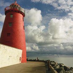 "Oana.WhatElseIsThereToSay🦋 on Instagram: ""Point red ⚓️#lighthouse #dublin #sea #thecalmbeforethestorm #red #idyllic #theoldmanandthesea #sky #setsail #nikontop #oanajd"""