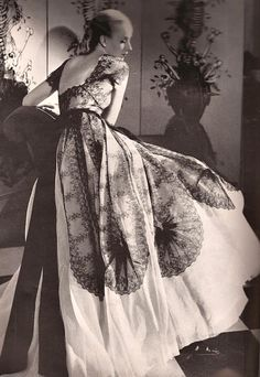 ~Evening Gown 1939~