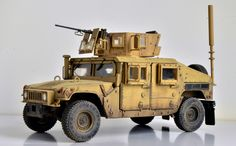 MRC/Academy - 1/35 M1151 The ultimate anti zombie vehicle.
