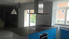 Ventanas oscilo-batiente serie STYLE 65 RPT, en lacado blanco con cristal bajo emisivo. Kitchen Island, Kitchen Appliances, Home Decor, Bass, Windows, Crystals, Island Kitchen, Diy Kitchen Appliances, Home Appliances