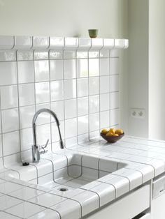 D-tile is a system which allows any space or object to be completely covered with tiles. This is possible because the D-tile collection consists of flat-, construction-, and function-tiles. Kitchen Tiles, Kitchen And Bath, Kitchen Design, Tile Kitchen Countertops, Backsplash, Home Interior, Kitchen Interior, Interior Decorating, Interior Design