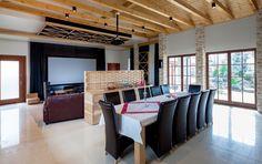 Kino domowe w salonie - Architektura, wnętrza, technologia, design - HomeSquare