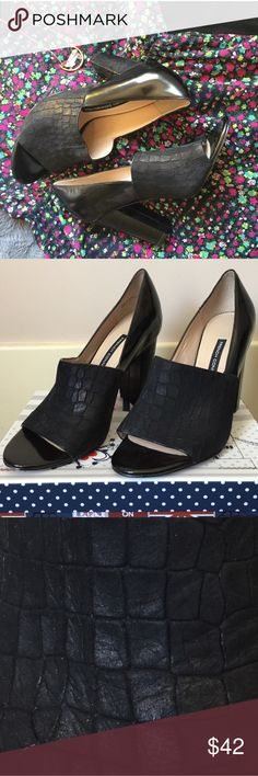 """French Connection Black Stacked Heels, sz 37/7 French Connection Black Stacked Heels, sz 37/7. Only used indoors once or twice (at the office). Purchased from a NYC sample sale. EUC, beautiful classic style and very chic! Heels are 3.5"""" high, 1"""" thick.   ⭐️ Bundle & Saved, No Trades ⭐️ Posh Compliant, Posh Rules Only ⭐️ All Offers Accepted or Countered ⭐️ Smoke & Pet Free Environment French Connection Shoes Heels"""