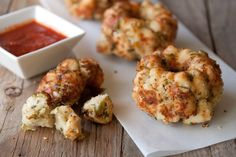 These mini pizza bites are going to be a hit at our house this weekend! TY @whatsgabycookin for the #recipe