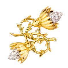 TIFFANY & CO. SCHLUMBERGER Gold & Diamond Twin Buds Brooch Pin