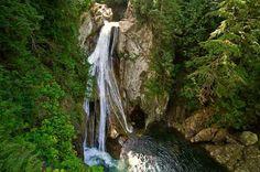 Waterfall hikes in Washington!