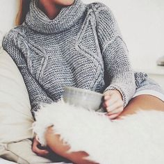 dailyglamorous:  Fashion HERE! Posted by me so please don't delete the captions <3