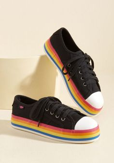 Chroma Full Circle Sneaker in 8 #shoes #rainbow #fashion